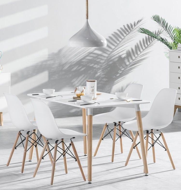 שולחן עם 4 כסאות מבצע