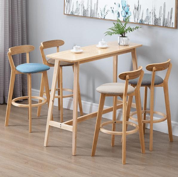 כסא בר עץ